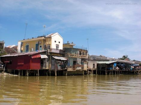 Hoi AN river 1