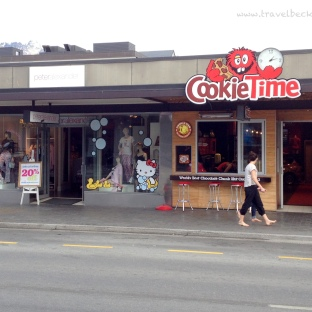This has got to be my favourite store! It's so fun and yummy in there! NZ's only Cookie Time retail shop! (http://www.cookietime.co.nz/queenstown_shop/)