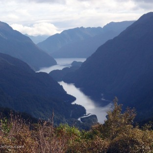 Travelling along Wilmot Pass and taking a peek at Doubtful Sound!