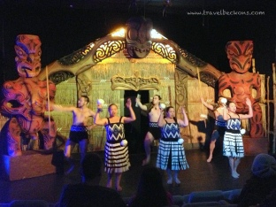 Haka Show - Showcasing Maori cultural experience. (http://www.skyline.co.nz/queenstown/kiwihaka/)