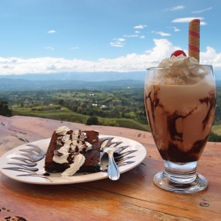 Sweets with view at Filandia