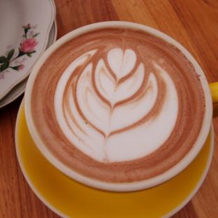 Tres corazons en mi cafe (3 hearts in my cafe)